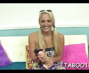Exquisite cheer leader teen performs an enthusiastic oral pleasure