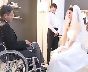Japanese bride gets fucked by hubby friend (Full: bit.ly/2Odtl7r)