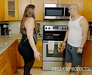 Cooking For My Horny Stepmom I met on Fatchoo.com