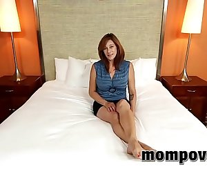 Huge Natural Tits Unexperienced Milf Fucked POV